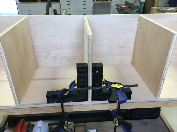 Right Angle Clamps Assure ... Right Angles!