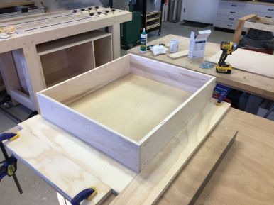 Drawer box assembly with glue, nails, and pocket screws