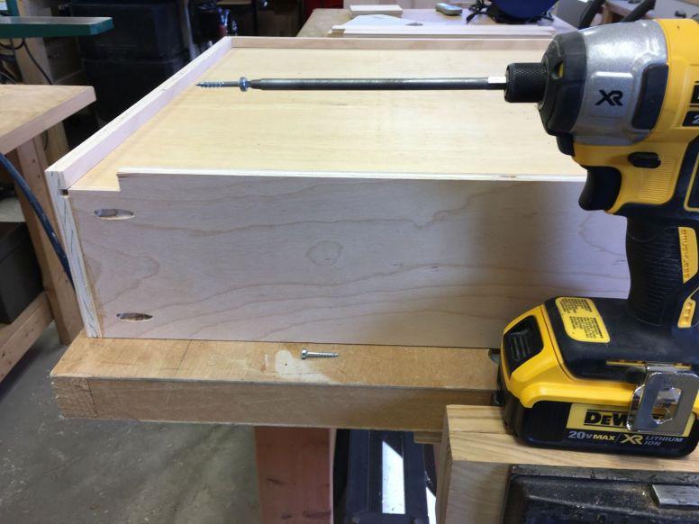 Pocket screws reinforce drawer box corners