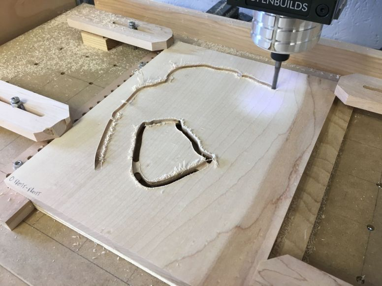 Milling the final outline of the front blank