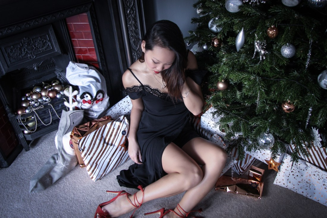 Mariko Kuo in a Christmas LBD with Silkfred