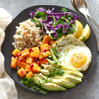 Healthy grain bowl.sq