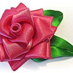 Rosa de cinta de raso