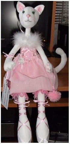 Muñeca gata de tela