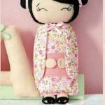 Muñeca china de fieltro con molde