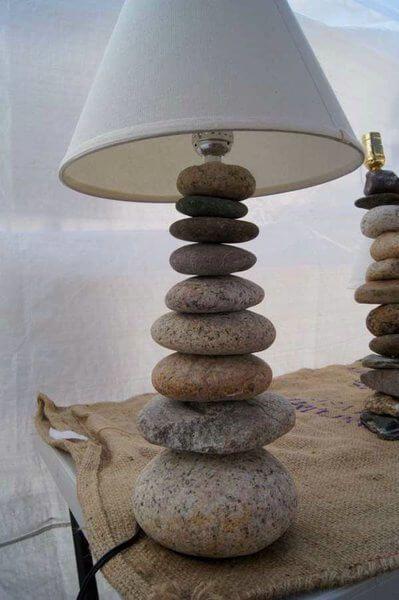 Lampara con piedras
