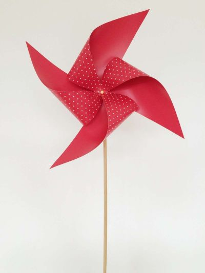 Como hacer molinillos de papel(2)