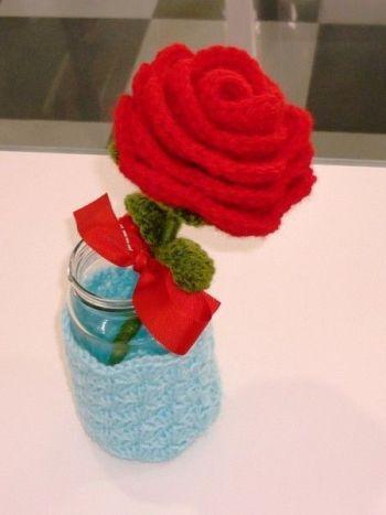 Patrón para hacer rosas en amigurimi
