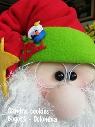Papá Noel con regalos muñeco de tela con moldes (3)