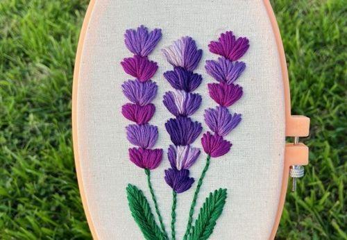 DIY + patrón para aprender a bordar flores lavanda