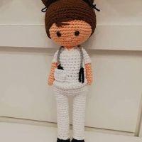 Enfermero/a amigurimi con patrones