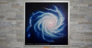 """""""Consapevolezza"""" - Marina Ravaioli Dimensioni 49 x 49 cm - Olio e pigmenti su legno MDF, finitura opaca. Disponibile. Soggetto, galassia a spirale. Colori prevalenti, blu, azzurro bianco e giallo chiaro"""