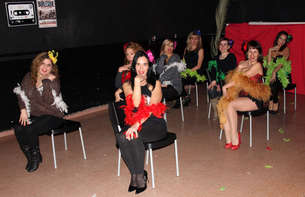 Clase-Burlesque-en-Nox-Martotell-Marina-Salvador-profe-1