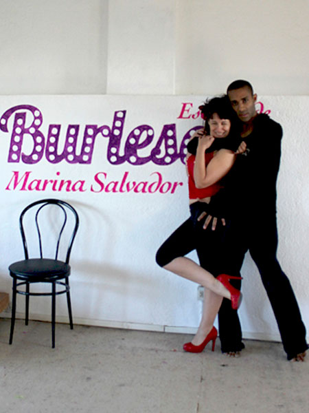 clase-burlesque-tony-james-marina-salvador
