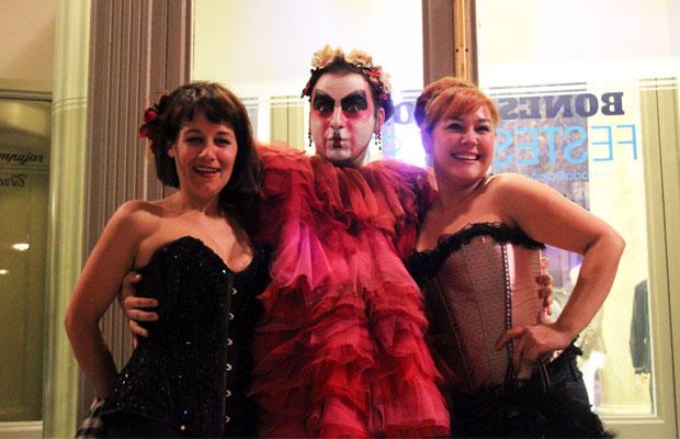 salida-al-teatro-the-hole-alumnas-burlesque-2