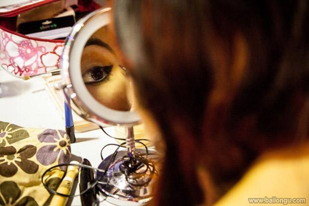 taller-maquillaje-pin-up-en-marato-burlesque-barcelona-6