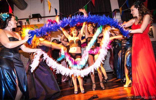 actuacion-cursos-burlesque-barcelona-5