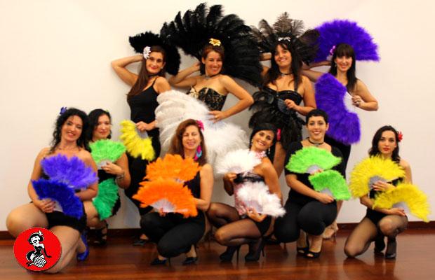 Clase-Abanicos-plumas-Burlesque-Barcelona-2