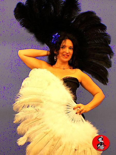 clase-Abanicos-plumas-Burlesque-Barcelona-10