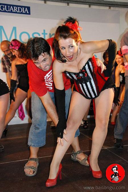 clase-burlesque-plaza-catalunya-2014-12