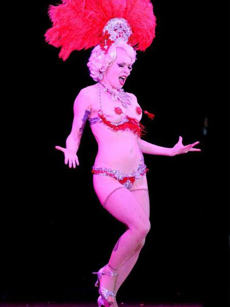 worls-burlesque-games-2014-Stephanie-LilSteph