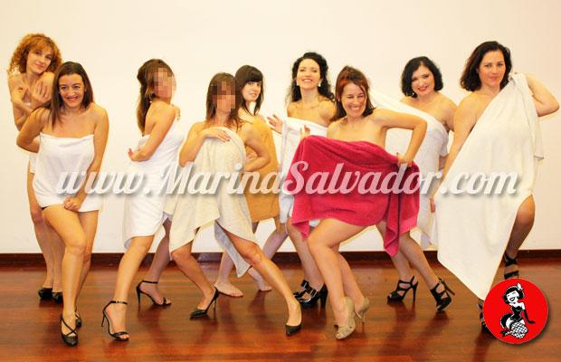 Baile-con-toalla-sexy-burlesque-1