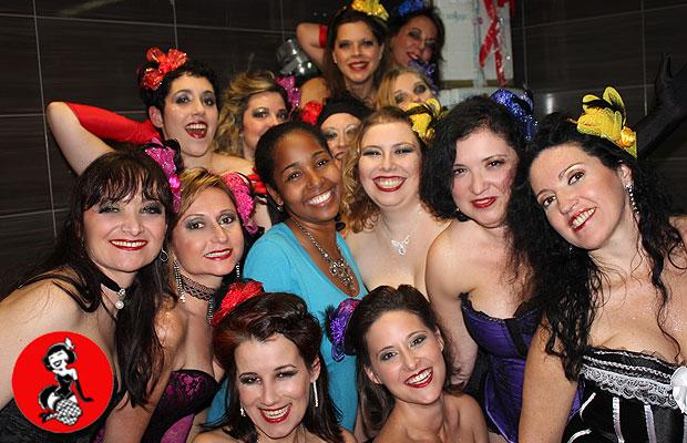 Actuacion-Burlesque-Bar-Fizz-Barcelona-3