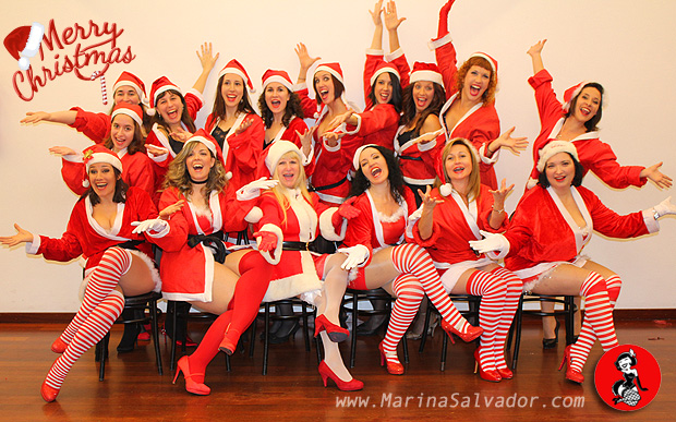 Burlesque-Merry-Christmas-2015