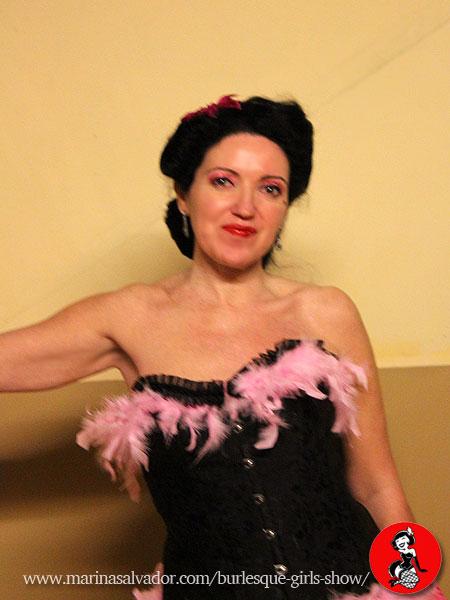 actuacion-Burlesque-Girl-Eli-B