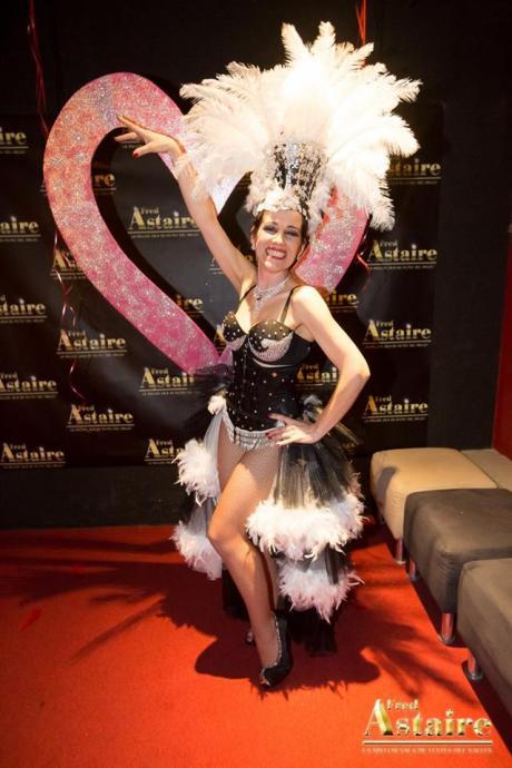 Show-Burlesque-Actuacion-Marina-Salvador-10