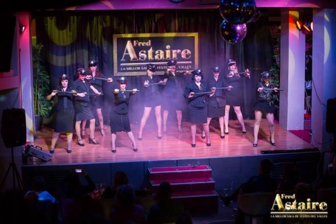 Show-Burlesque-Actuacion-Marina-Salvador-8
