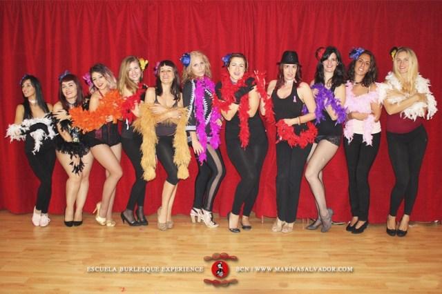 taller-burlesque-boa-1