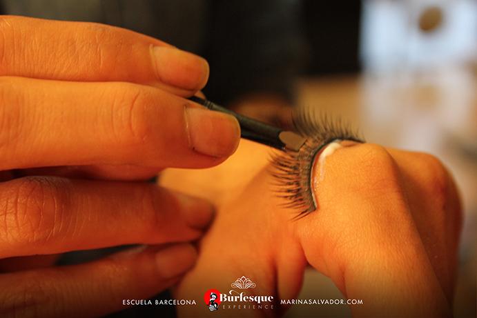 como-maquillarse-pinup-19
