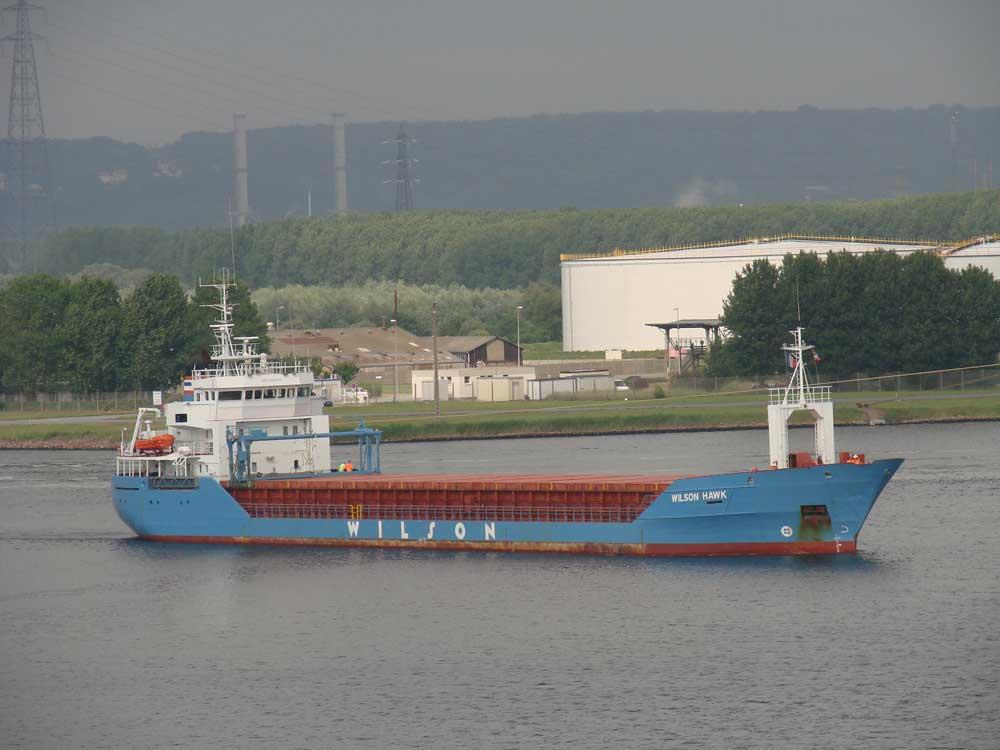 https://i1.wp.com/www.marine-marchande.net/Petits_Reportages/Gwenaelle/LeHavre/2009-06/Wilson-Hawk.jpg
