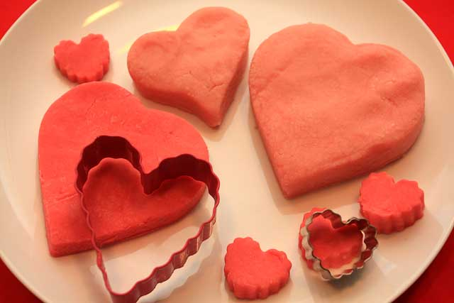 Make Your Own Pink And Red Playdough For Valentines Day