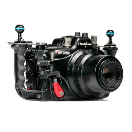 Nauticam NA-5DMKIV (Kamera und Port als Beispiel. Nicht im Lieferumfang)