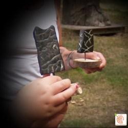 Steinskulpturen und kreativer Kindergeburtstag