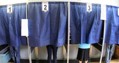 Cabine elettorali, in vista delle Regionali calabresi