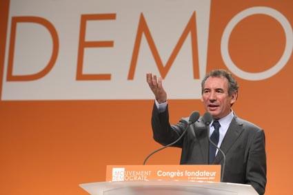 CLOTURE  DU CONGRES FONDATEUR DU MOUVEMENT DEMOCRATE (MODEM)