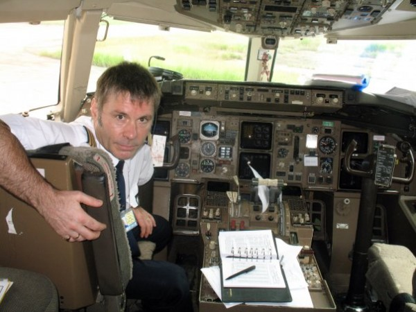 Bruce Dickinson is the pilote