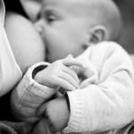 Pourquoi choisir une séance naissance façon reportage