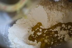 préparation d'une pâte à tarte à l'huile