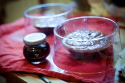Dôme-de-Noël-Mousse-Chocolat-aux-Griottes-&-Brownie-aux-Noisettes (8 sur 10) (Large)