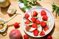 salade-fraises-peches-blanches-menthe-muscat-frontignan-strawberry-white-peach-mint-sald (3 sur 6) (Large)
