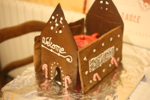 maison-biscuits-pain-d-epice-gingerbread-house-biscuits (11 sur 14) (Large)