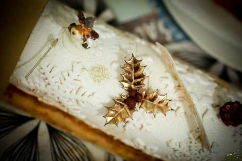 Bûche de Noël décorée vue de haut