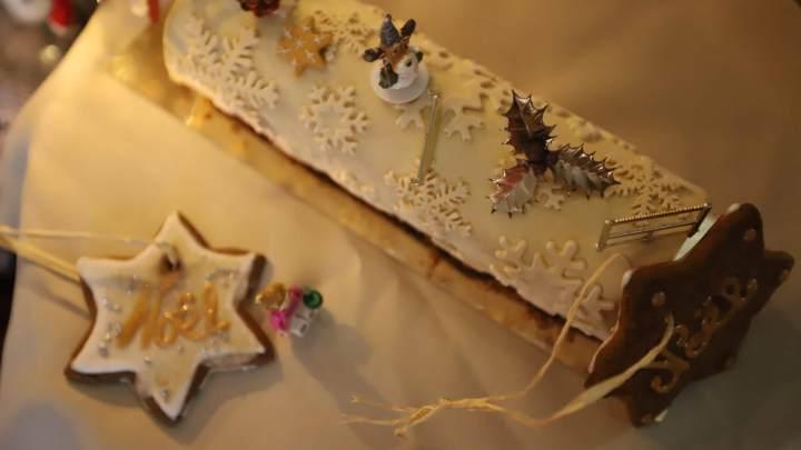 Bûche de Noël mousse aux pommes, caramel beurre salé🎅🎄🍎