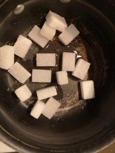 préparation d'un caramel blond