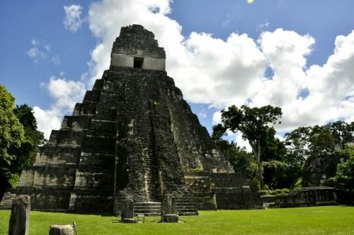 Tikal temple I 2