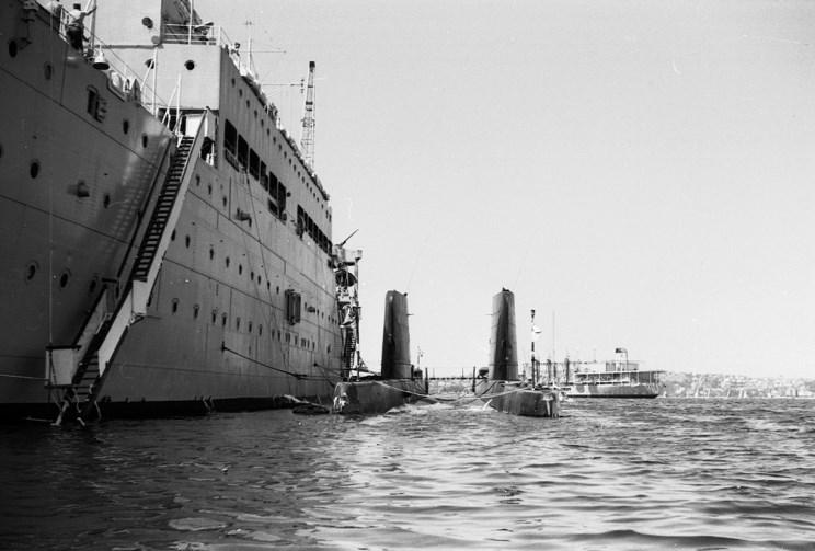 Maritimequest Hms Maidstone F 44 A 185